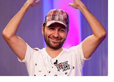 Daniel Negreanu departs the EPT VIenna - Photo from Pokerstarsblog.com
