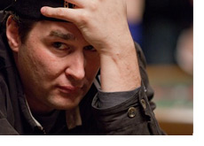 Phil Hellmuth holding his head