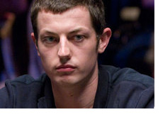 -- Tom Dwan profile photo - Big smile --