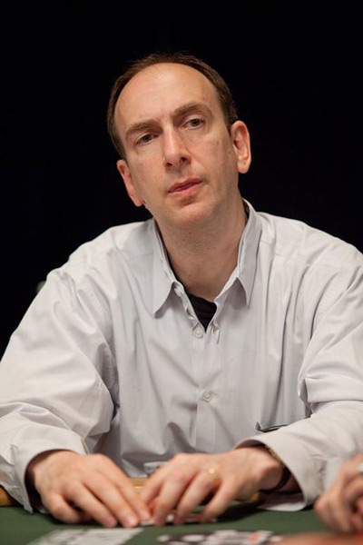 Erik Seidel at the WSOP 2010 - Wearing a Gray Shirt - Looking Serious