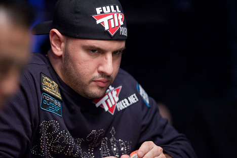 Mizrachi at the WSOP 2010 - Grinding