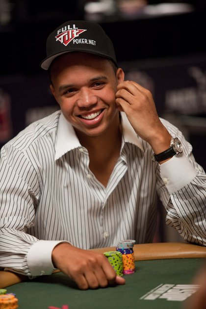 World Series of Poker 2010 - All smiles - Ivey with a striped shirt and a fancy watch