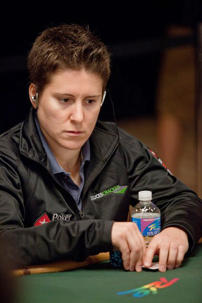 V. Selbst at the table - In thought - WSOP 2010 - Rio