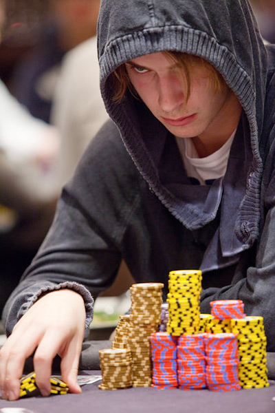 Viktor Blom using the power of the Force - WSOPE 2010